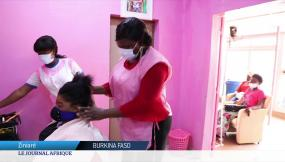 "Burkina Faso : le salon ""Séduction coiffure"" face au Covid-19 (1)"